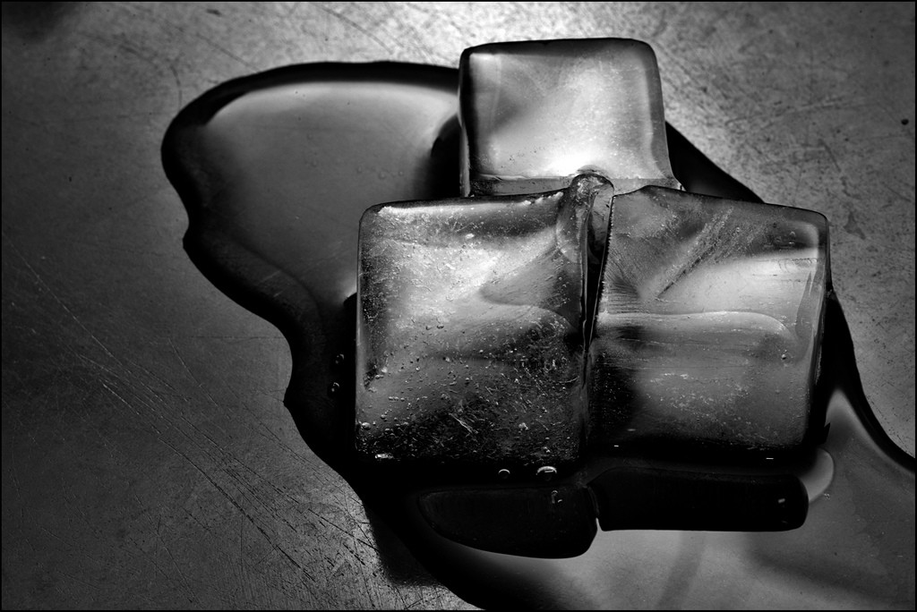 I led može pomoći kad je u pitanju čišćenje voska Foto: Photopin