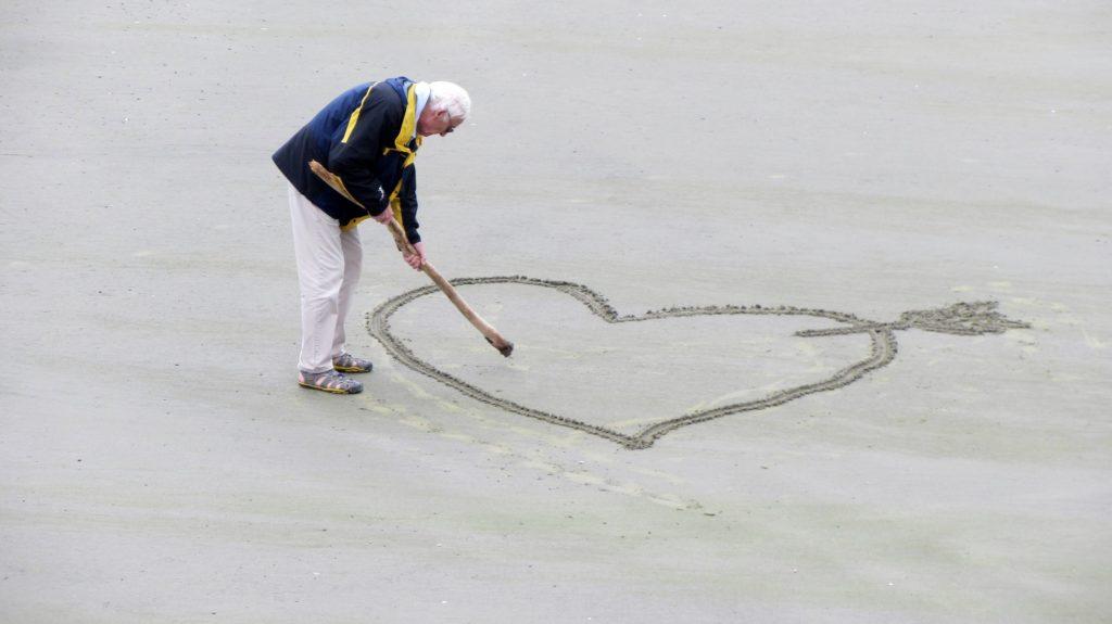 Sve, pa i ljubav je moguće u starijoj životnoj dobi Foto: Pixabay